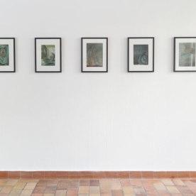Amore Motus, 2015, 5-teilige Serie, Tusche und Gouache auf Papier, je ca. 29 x 21 cm, Sound - 5 Aphorismen von Hannes Greve, gesprochen von Juliane Schmidt